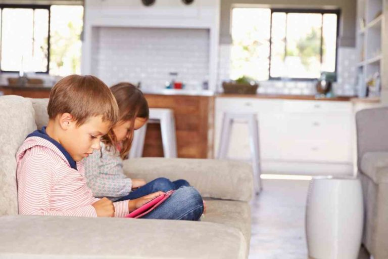 How To Keep Kids Entertained While You Work From Home?